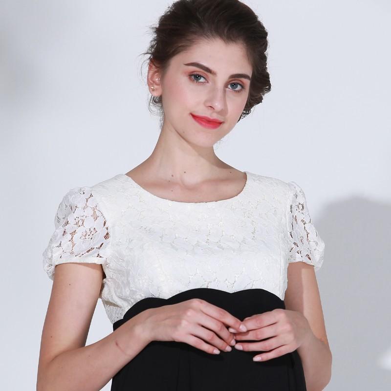 Robe bicolore de grossesse et allaitement avec détails en dentelle